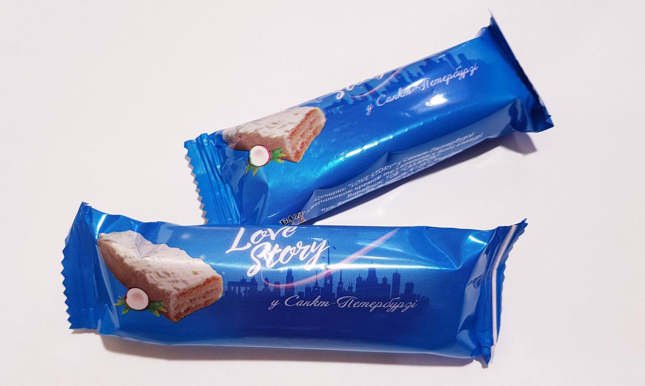 Love Story Санкт-Петербург в белом шоколаде с ароматом кокоса 2кг. ТМ БАЛУ
