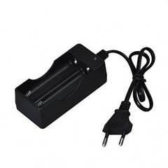 Зарядное устройство для аккумуляторов 18650 3.7-4.2 В (44713)