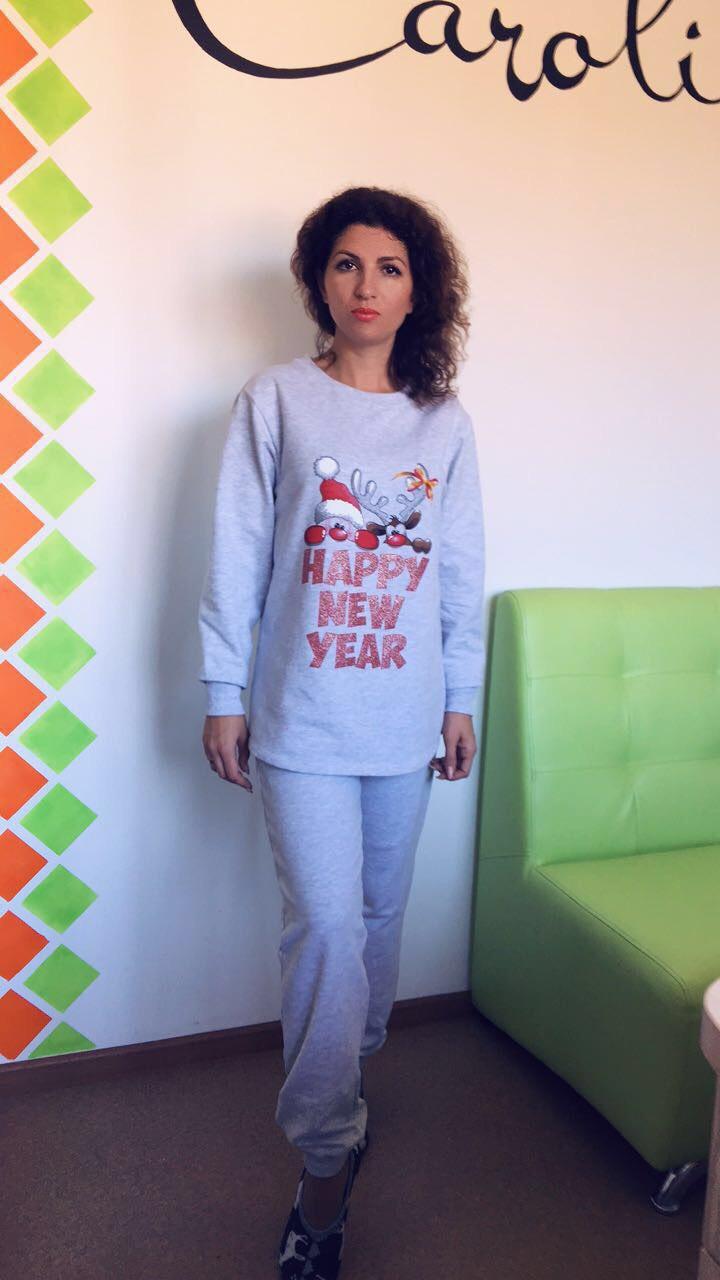 Костюм жіночий кофта + штани, футер, з новорічним друком, сірий