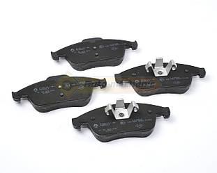 Дисковые тормозные колодки (передние) R16/17 на Renault Megane III - Renault (Оригинал) - 410605055R