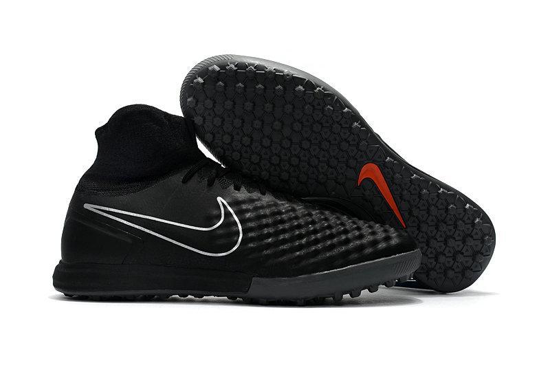 Бутсы сороконожки Nike MagistaX Proximo II TF black