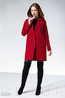 Красное демисезонное пальто прямого кроя