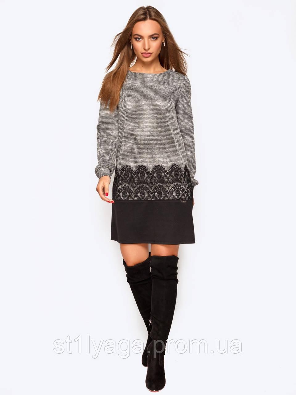 Трикотажное платье мини прямого кроя с кружевом