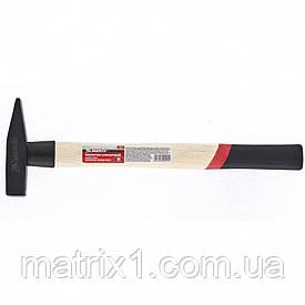 Молоток слесарный, 200 г, квадратный боек, деревянная рукоятка// MTX