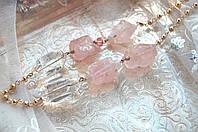 Колье с розовым кварцем и горным хрусталем