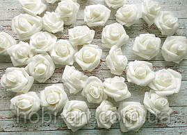 Бутони троянди 40 мм  № 08 білі