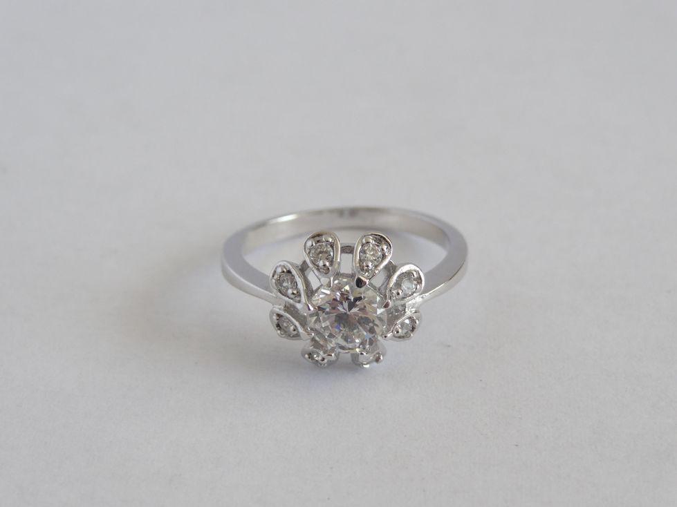 Кольцо женское Xuping с фианитами 142586