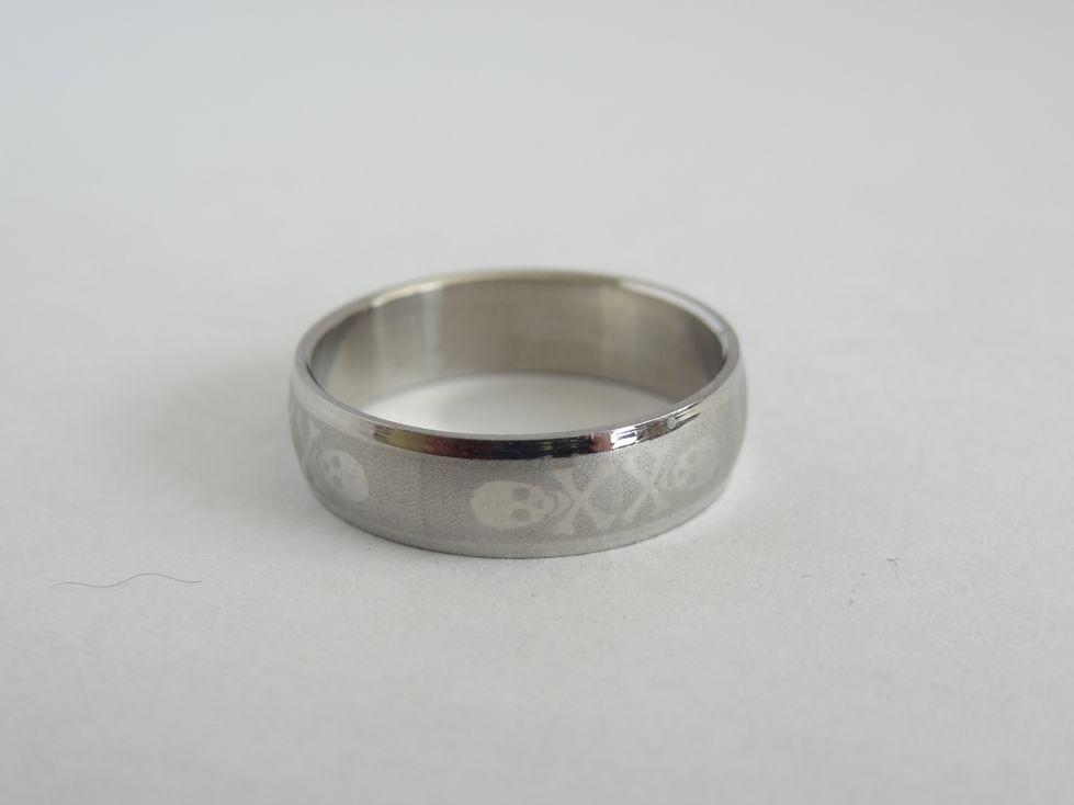 Мужское кольцо из медицинской стали 143101
