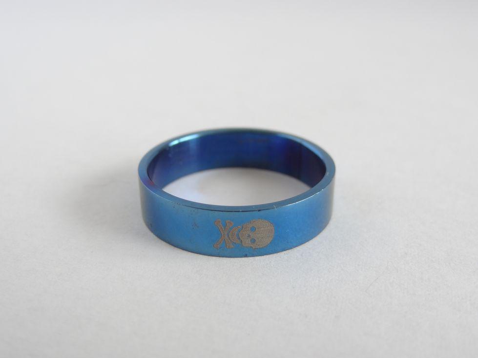 Мужское кольцо из медицинской стали 143107