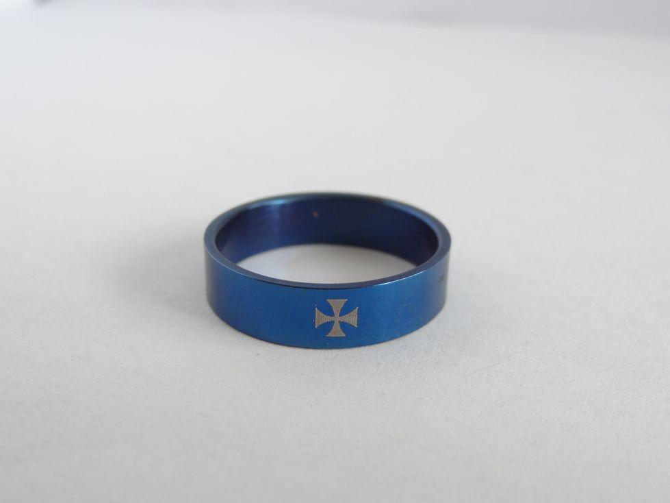 Мужское кольцо из медицинской стали 143112