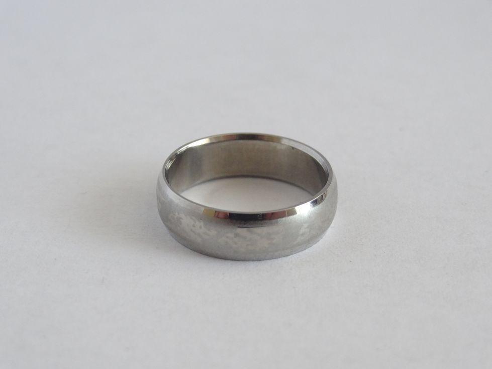 Мужкое обручальное кольцо из медицинской стали 143134