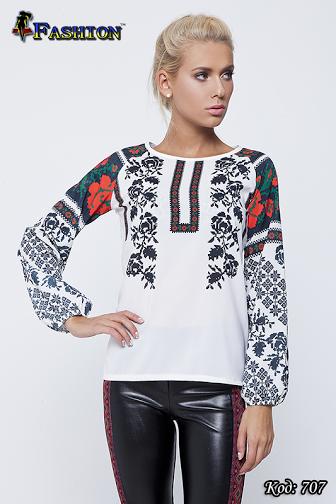 Жіноча біла блузка з вишивкою Український шик, р. М