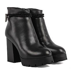 Ботильоны женские My Classic (кожаные, стильные, качественные, на высоком каблуке, зимние)