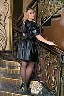 Стильное платье из высококачественного кожзаменителя