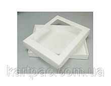 Коробка с окошком белая 320*240*40