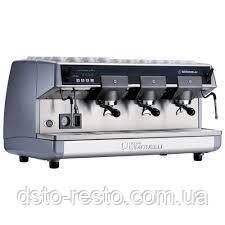 Кофеварка трехрожковая полуавтоматическая  Nuova Simonelli Aurelia 3GR S