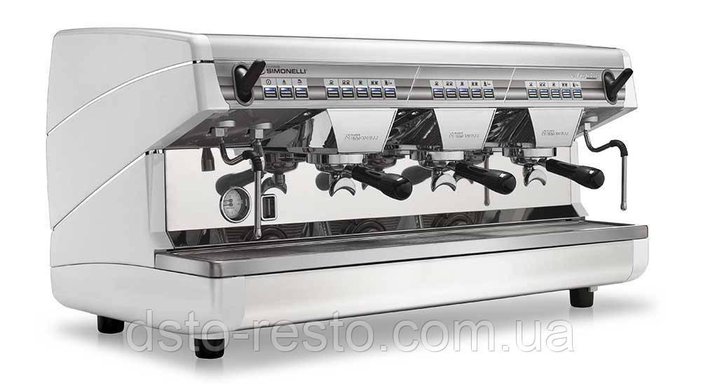 Кофеварка автоматическая трехпостовая Nuova Simonelli Appia 3GR V
