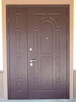 Дверь  металлическая  входная уличная МДФ двухстворчатая