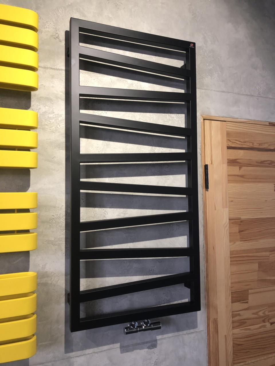 TERMA Полотенцесушитель ZIGZAG 1070*500 Black mat