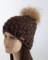Вязаная шапка с помпоном Мираж шоколадного цвета