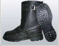 Сапоги укороченные юфть/кирза ВФ рабочие с пряжкой демисезон бортопрошивные черные