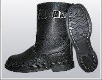 Сапоги укороченные юфть/кирза ВФ рабочие с пряжкой демисезон Гвоздевые черные