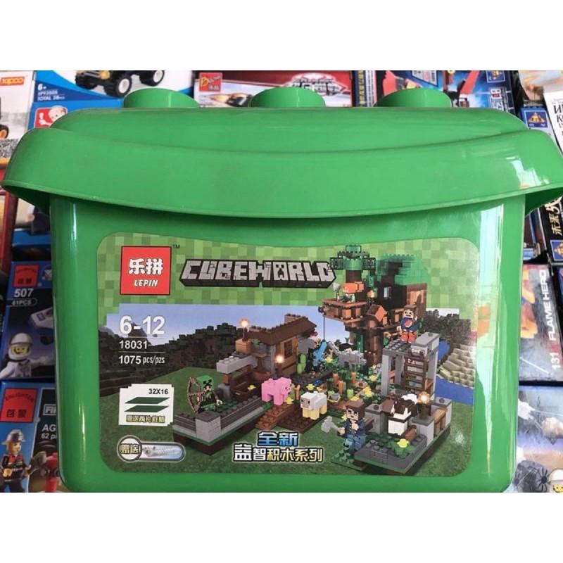 """Конструктор """"Площадь с домом на дереве"""" Minecraft Lepin 18031 1075 деталей (аналог Lego)"""