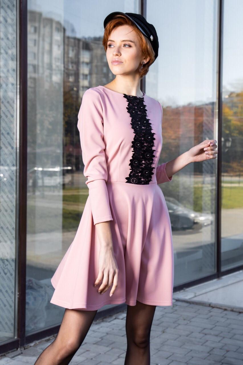Женское платье с пышной юбкой выше колена 46,48,50