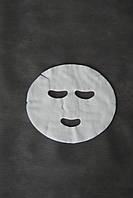 Маски-салфетки косметологические с отверстиями для глаз и рта Doily (20 шт\пач) из спанлейса