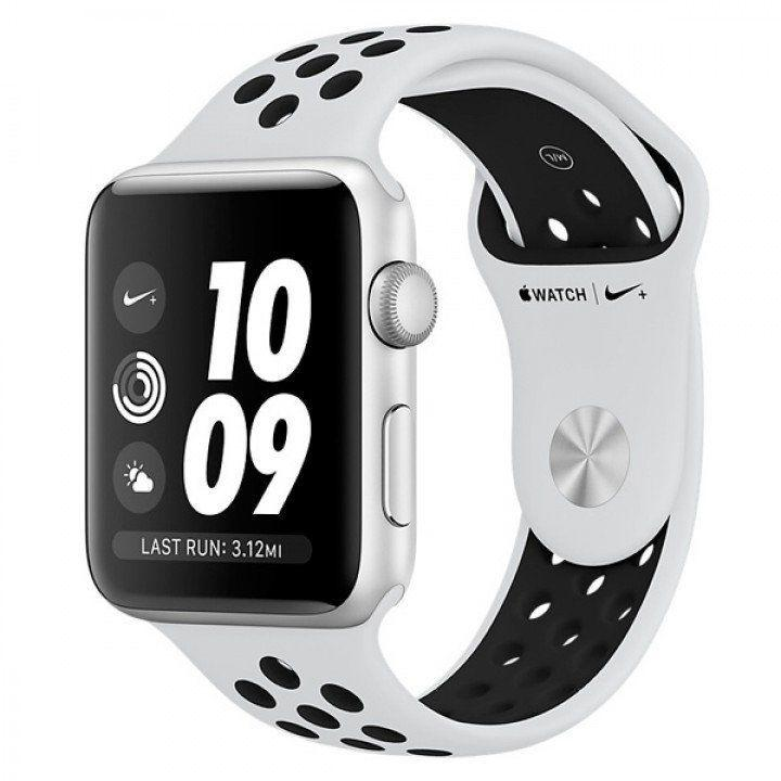 Apple Watch Series 3 GPS 38mm Silver Aluminum Case with Pure Platinum/Black Nike Sport Band (MQKX2)
