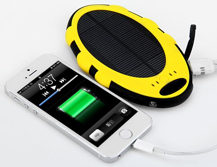 Портативная солнечная батарея (3000 мАч)