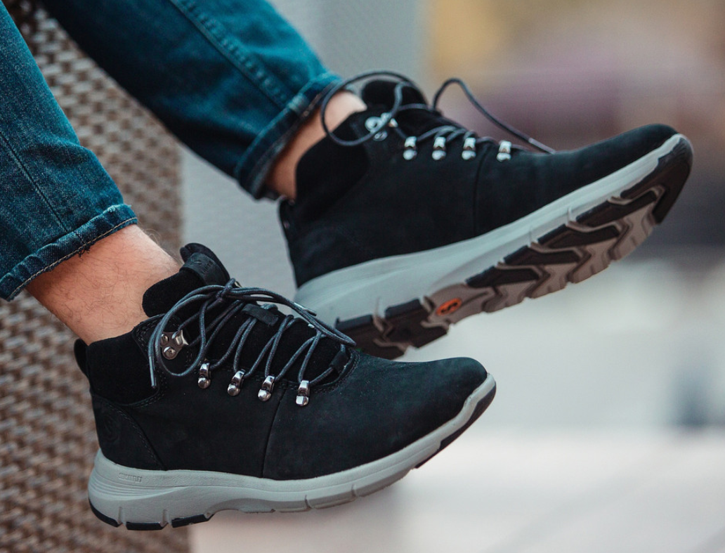 Ботинки-кроссовки Мужские Зимние South tactic black чёрные, оригинал