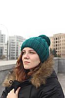 Женская вязаная шапка с бубоном бирюзовый