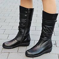 Женские зимние сапоги на танкетке кожаные черные на толстой подошве элегантные (Код: Б1305)