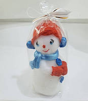 Снеговик Няша красная шапка / Свеча Новогодняя 10x3 см