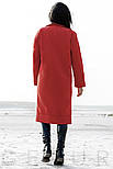 Стильное кашемировое пальто алого цвета с нашивками, фото 2