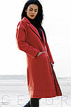 Стильное кашемировое пальто алого цвета с нашивками, фото 3