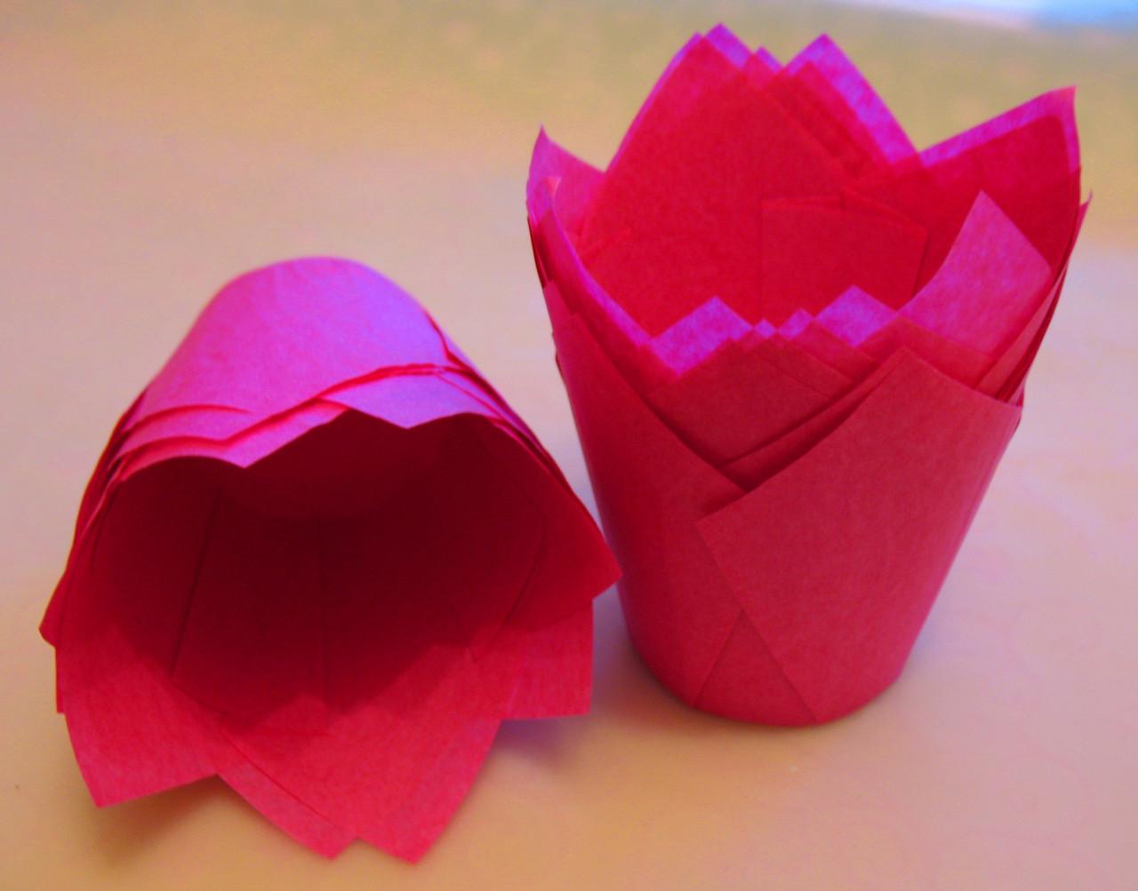 Тарталетки бумажные для кексов, капкейков малиновые тюльпан