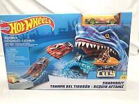 Трек Хот вилс Коллекционный выпуск Наживка для акулы серии Город монстров Hot Wheels Shark Bait