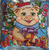Новогодняя  подушка 2019 сувенирная