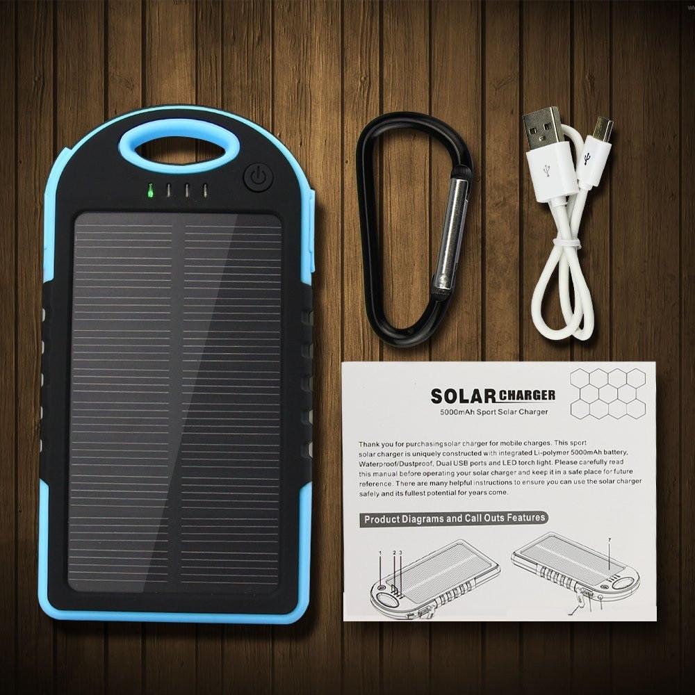 Портативная солнечная батарея в усиленном корпусе