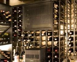 Холодильное оборудование для хранения винна, винный погреб