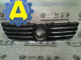 Решетка радиатора на Фольксваген Поло (Volkswagen Polo) 2005-2009