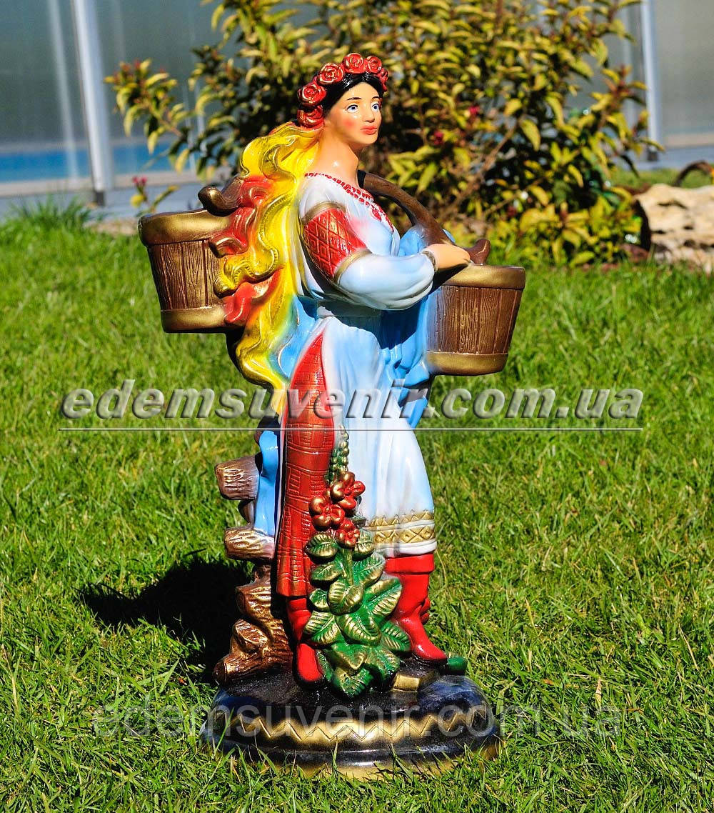 Подставка для цветов кашпо Украинка с коромыслом