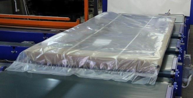 Пленка для упаковки матрасов 2100 мм
