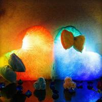 Светящаяся плюшевая подушка - «Сердце с бантиком»
