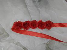 Пояс с цветами на ленте красный
