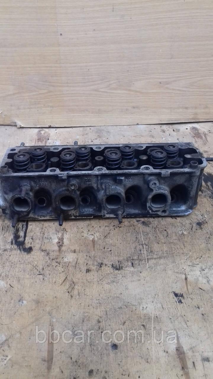 Головка блоку циліндра ( верхня частина )  Opel 1.6 № 38964