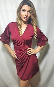 Халат женский на запах с гипюром короткий, размеры 44-54 бордо