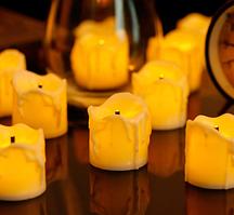 Мерехтливі світлодіодні свічки з чорним гнотом (жовте полум'я)